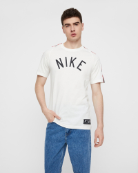 Nike - T-shirts Tee k/æ - Motiv - Regular fit - Vit