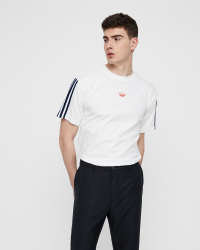 Adidas - Floating Tee T-shirt - Regular fit - Vit